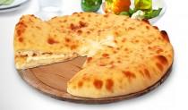 Осетинские пироги с зеленым луком и сыром